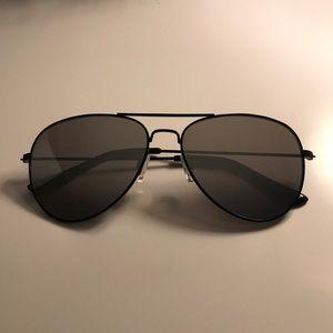 NWOT Black Sunglasses